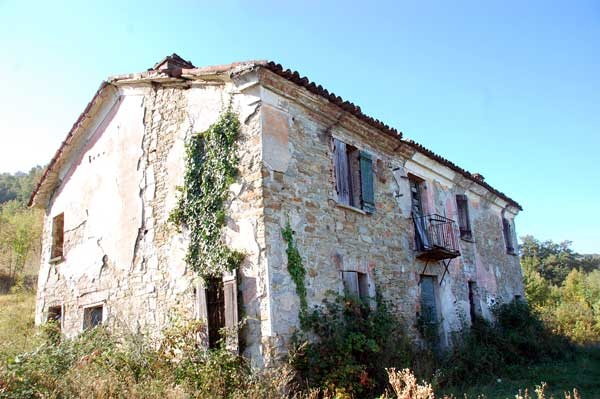 Buy property in Alessandria to the sea